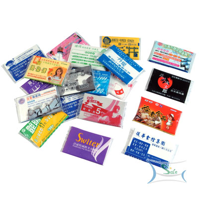 products/pocket-size-facial-tissues-3.jpg